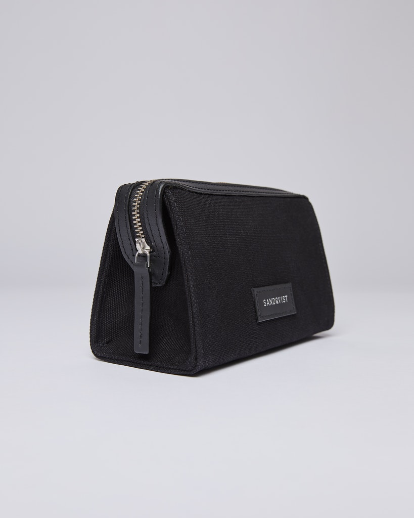Sandqvist Ina - The perfect wash bag to take with you on travelling. 1