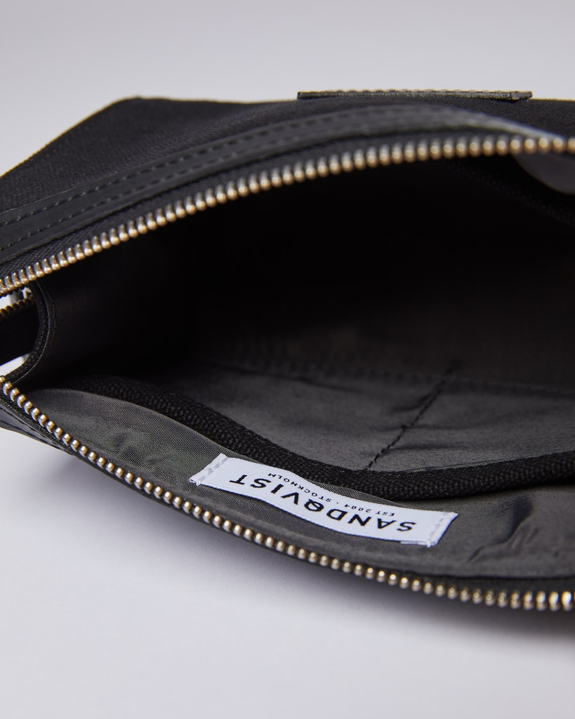 Sandqvist Ina - The perfect wash bag to take with you on travelling. 2