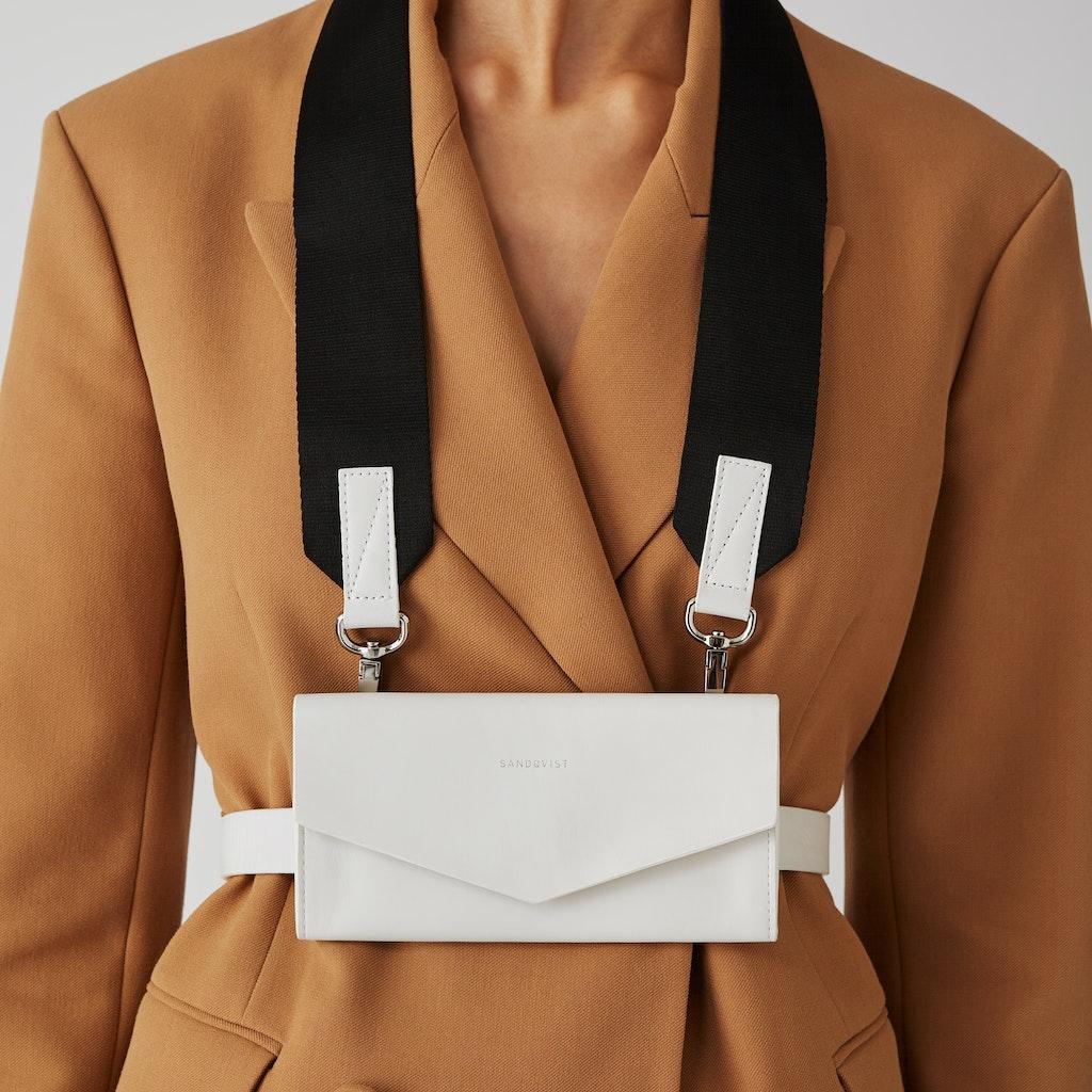 Sandqvist Florens - Contemporary leather tote bag 1