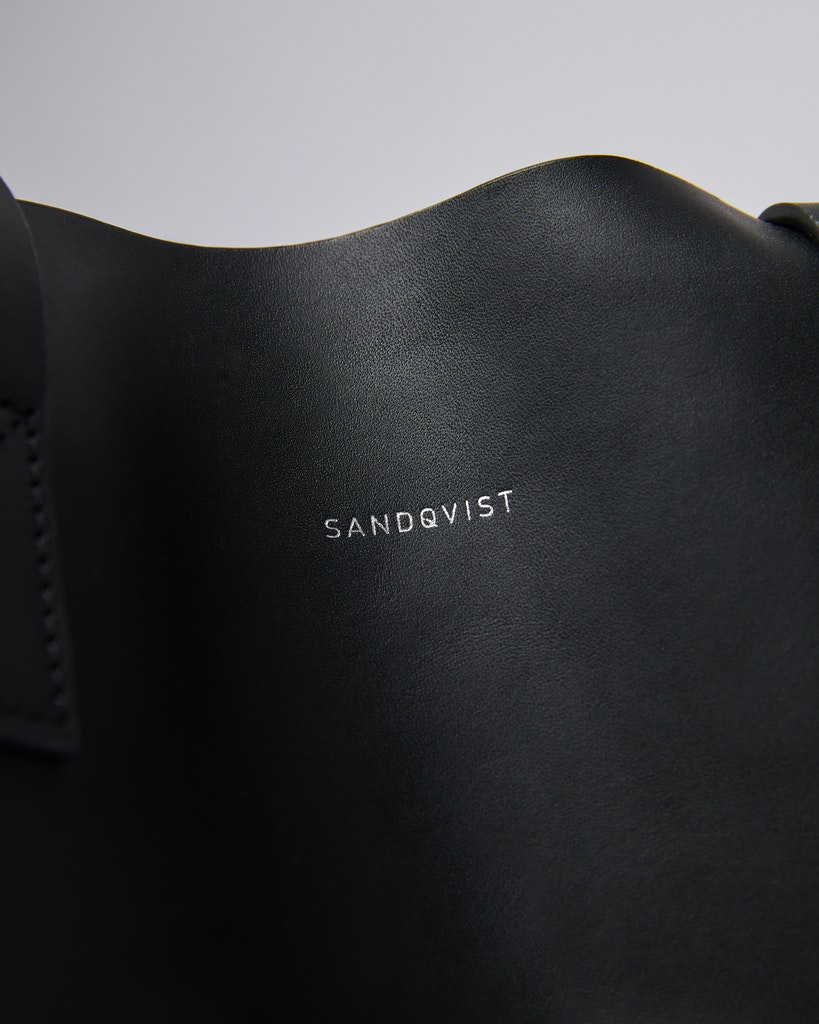 Sandqvist - Tote Bag - Svart - IRIS 1