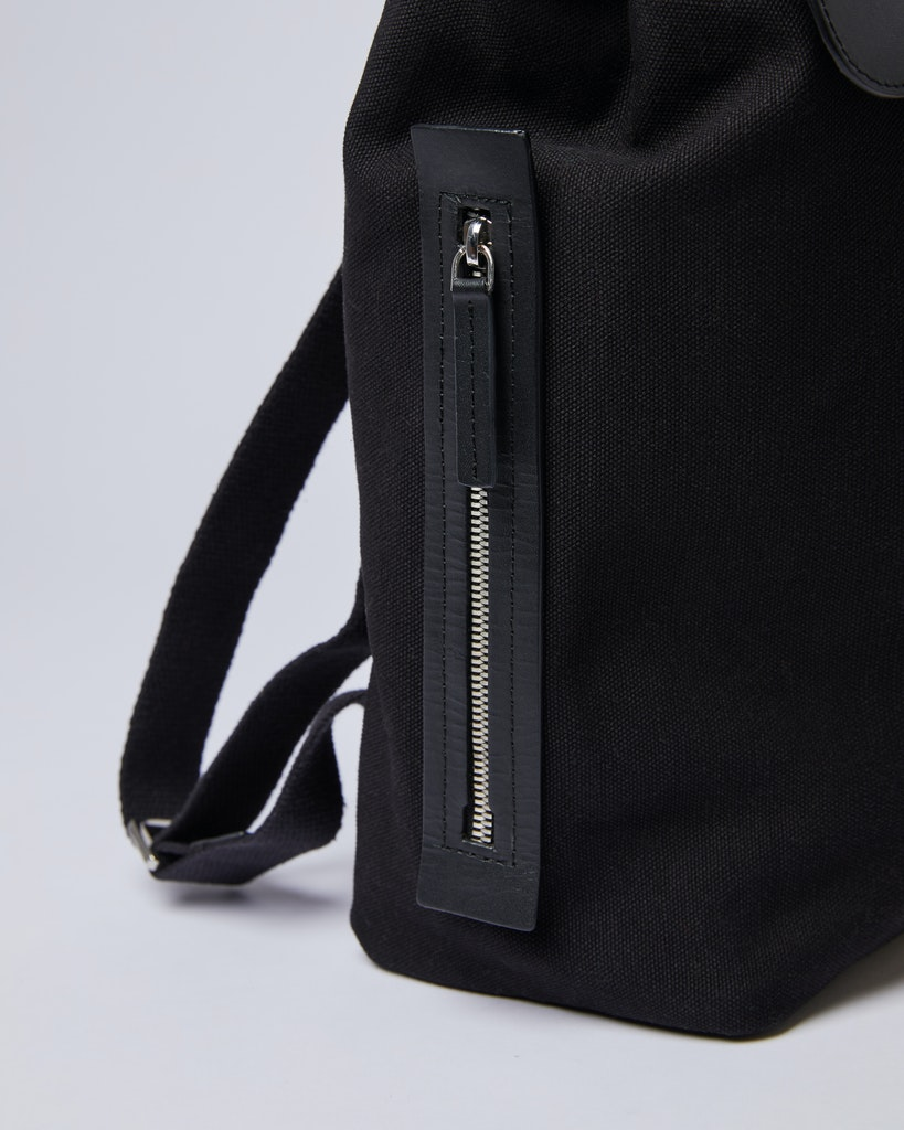 Sandqvist - Backpack - Black - ALVA METAL HOOK 3