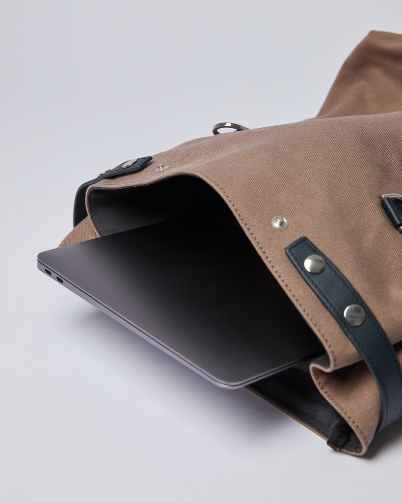 Sandqvist - Backpack - Brown and Navy - HEGE METAL HOOK 5