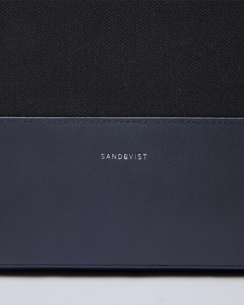 Sandqvist - Briefcase - Black - SETH TWILL 2