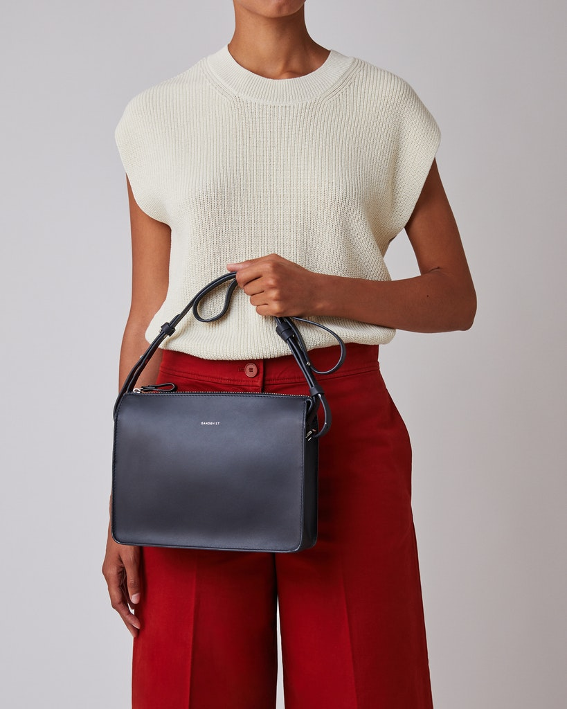 Sandqvist - Shoulder Bag - Navy - FRANKA 2