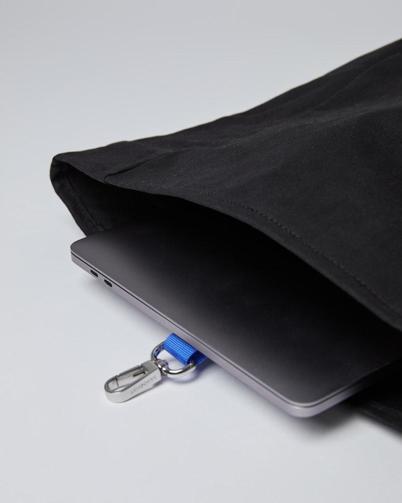 Sandqvist - Backpack - Black - DANTE METAL HOOK 4