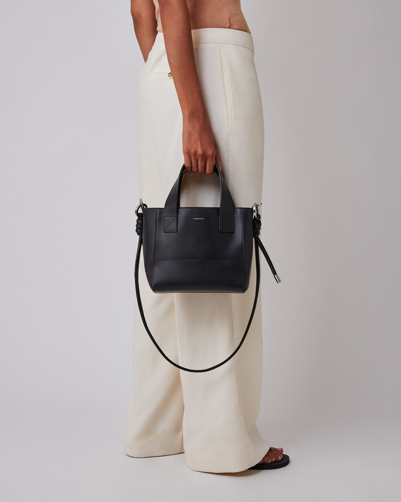 Sandqvist - Shoulder bag - Black - CECILIA 4