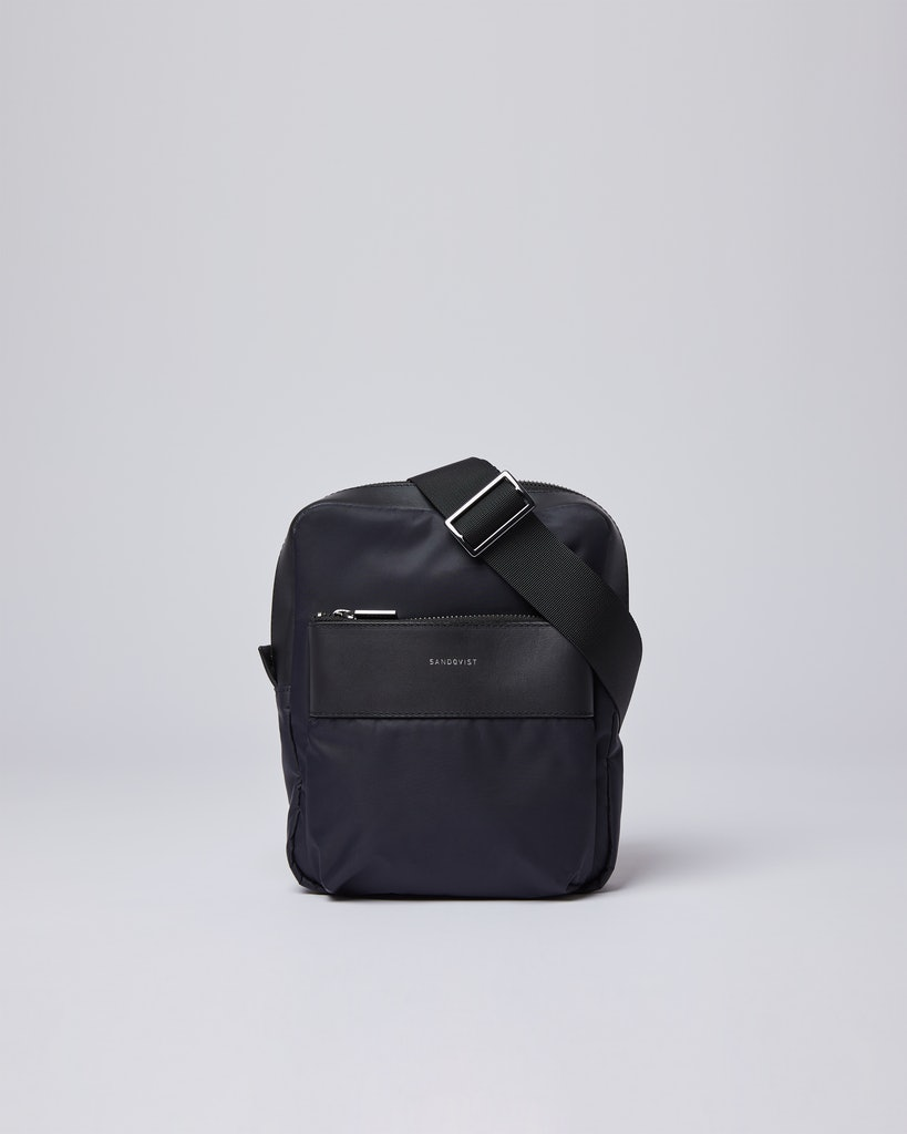 Sandqvist - Bum bag - Black - MATTI