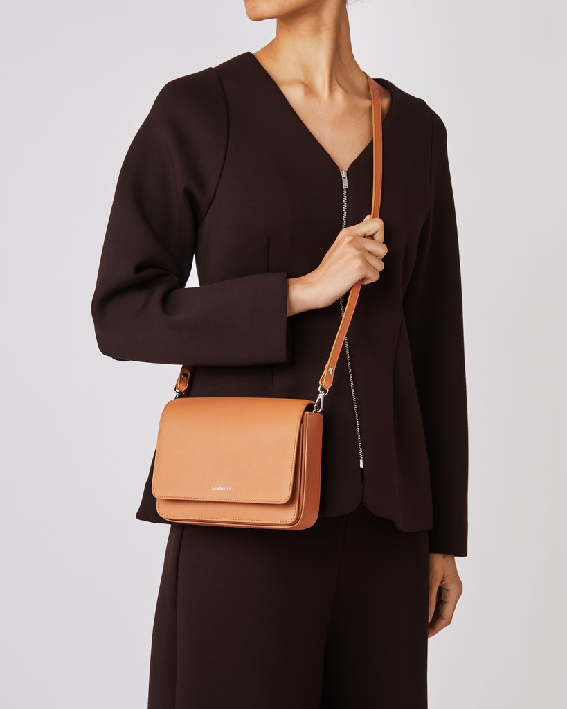 Sandqvist - Shoulder bag - Black - ALMA 2