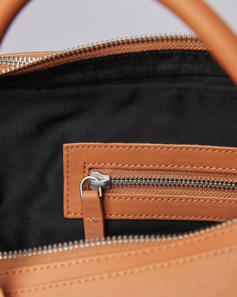 Sandqvist - Briefcase - Toffee - LESLI 6
