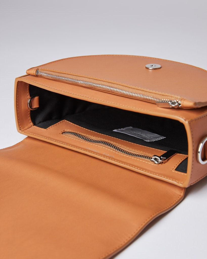 Sandqvist - Shoulder bag - Toffee - SELMA LEATHER 4