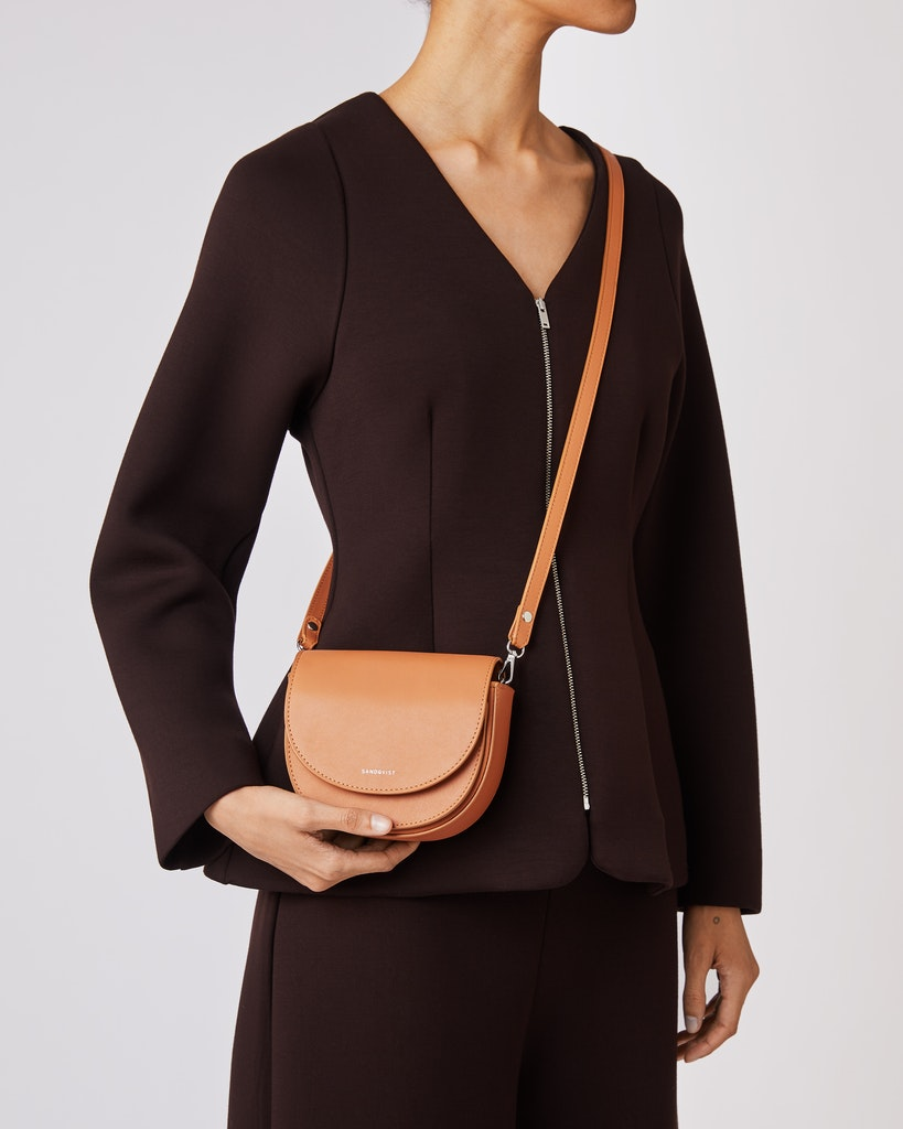 Sandqvist - Shoulder bag - Toffee - VENDELA LEATHER 2