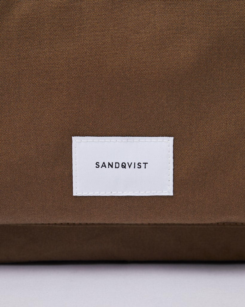 Sandqvist Emil – Sleek laptop briefcase that is perfect for work 1